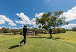 Oaks Cypress Lakes Resort (Australia)