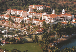 Grand Bay Hotel - Isla Navidad