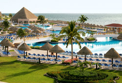 Moon Palace Golf & Spa Resort (Mexico)
